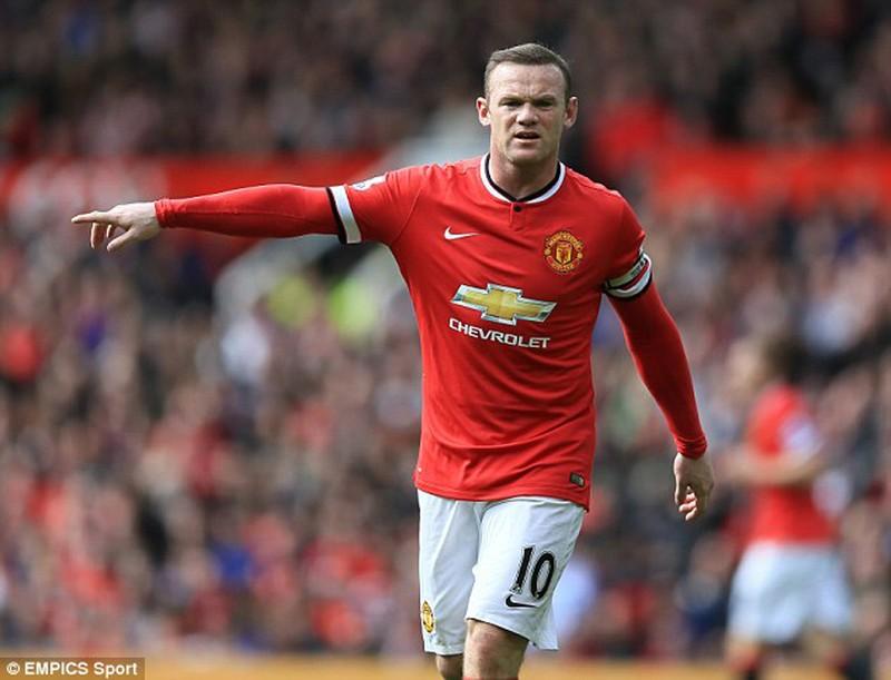 Wayne Rooney thi đấu nổi bật sau khi trở lại hàng tiền đạo