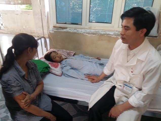 Đức Vĩnh được các bác sỹ, y tá chăm sóc chu đáo