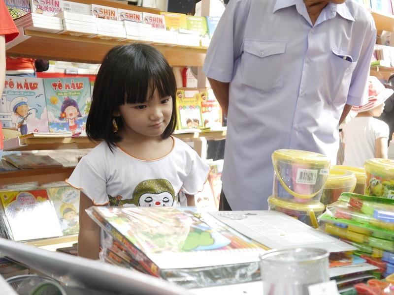 Rộn ràng Ngày sách Việt Nam lần 2 tại TP.HCM - ảnh 5