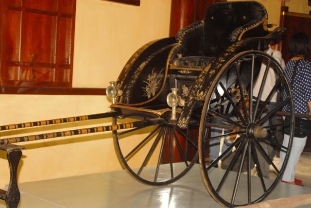 Trưng bày xe kéo của mẹ vua Thành Thái - ảnh 1