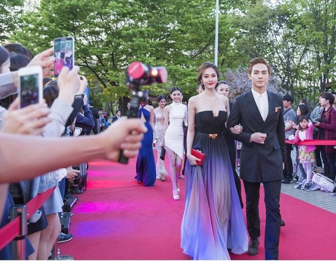 Ngọc Trinh nhận danh hiệu 'Nữ hoàng bikini châu Á' - ảnh 5