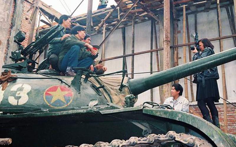 Mỹ, dinh Độc Lập, xe tăng 390, Hà Kiều Anh, Nick Út, Kim Phúc