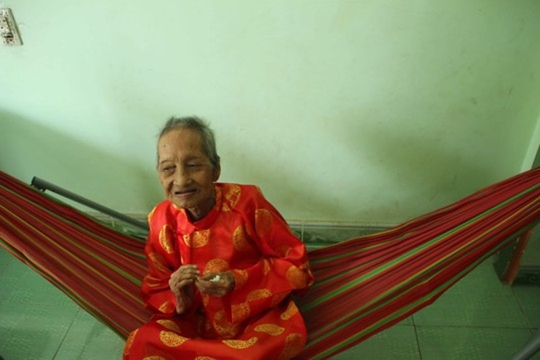 Thêm tổ chức công nhận cụ bà Việt Nam thọ nhất thế giới - ảnh 2