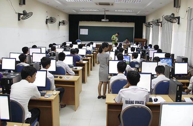 Thi vào ĐH Quốc gia Hà Nội: Gần 73% thí sinh đạt trên ngưỡng điểm trung bình - ảnh 2