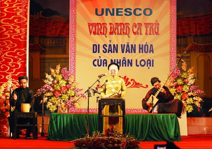 GS Trần Văn Khê và một buổi học ca trù - ảnh 7