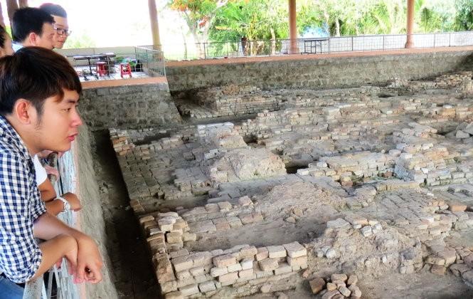 Nơi nhà khảo cổ học Malleret khai quật năm 1944 ở gò Cây Thị trên cánh đồng Óc Eo, Thoại Sơn (An Giang) - Ảnh: Đ.Vịnh