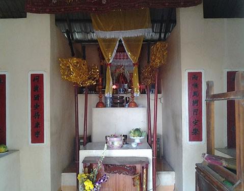 Lạ kỳ ngôi miếu dân lập thờ 'bà bóng' cô Hiên - ảnh 3