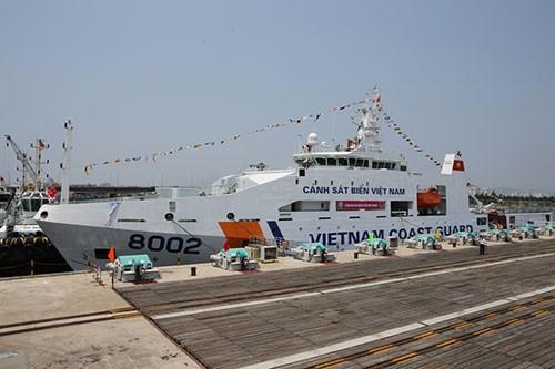 Bàn giao hai tàu tuần tra hiện đại cho Cảnh sát biển - ảnh 2