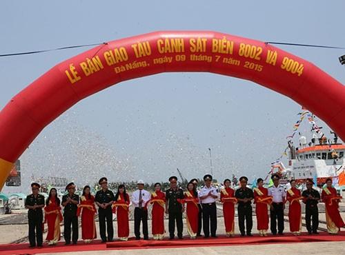 Bàn giao hai tàu tuần tra hiện đại cho Cảnh sát biển - ảnh 3