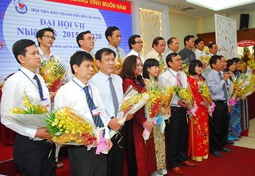 Ông Mã Diệu Cương tái đắc cử Chủ tịch Hội Nhà báo TP.HCM - ảnh 3