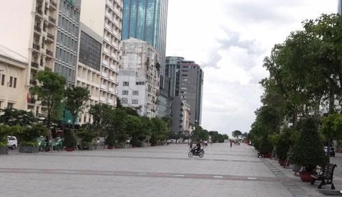 Hội Kiến trúc sư 'chê' phố đi bộ Sài Gòn - ảnh 4