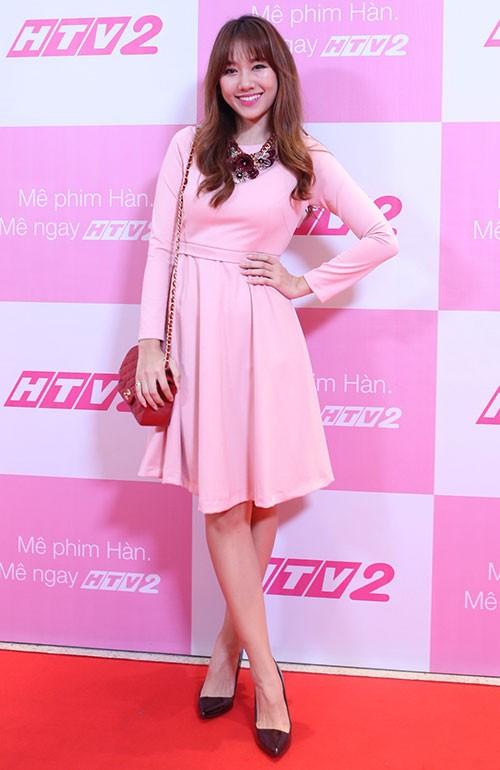 Hari Won gây cười khi làm đại sứ cho phim Hàn ở Việt Nam - ảnh 1