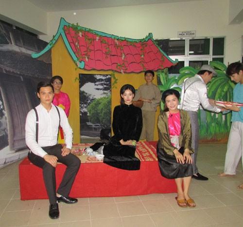 Kịch Phú Nhuận sinh nhật dài ngày - ảnh 1