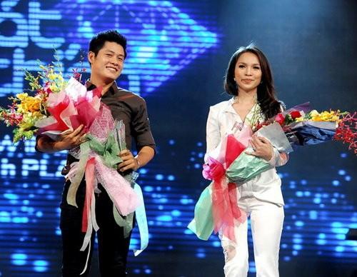 Nhạc sĩ Nguyễn Văn Chung và Hiền Thục nhận giải Bài hát yêu thích tháng 7-2015