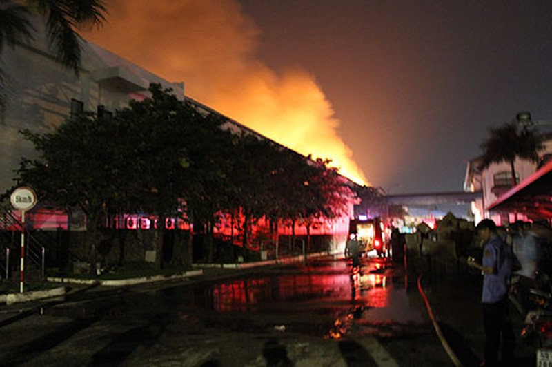 Cháy lớn trong khu công nghiệp Loteco - ảnh 5