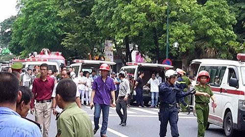 Chùm ảnh vụ sập tòa biệt thự kiểu Pháp  ở Hà Nội - ảnh 12