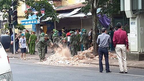 Chùm ảnh vụ sập tòa biệt thự kiểu Pháp  ở Hà Nội - ảnh 11