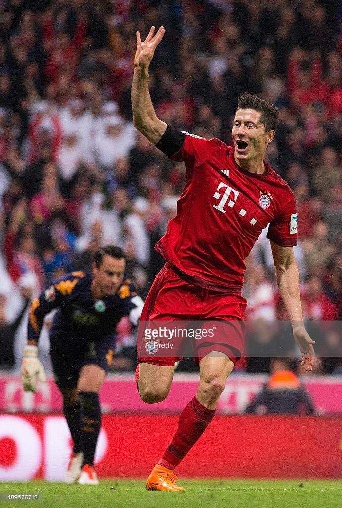 Bayern 5-1 Wolfsburg: Lewandowski tỏa sáng với 5 bàn  - ảnh 1