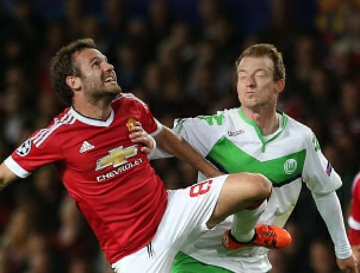 M.U 2-1 Wolfsburg: Mata tỏa sáng, 'quỷ đỏ' thoát hiểm - ảnh 1