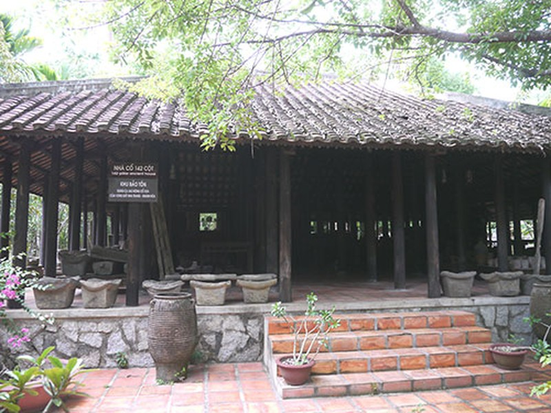 Nơi lưu giữ nhiều nông cụ xa xưa trên dải đất miền Trung - ảnh 6