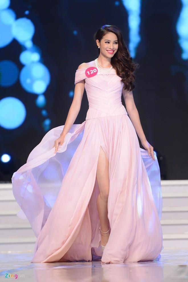 Phạm Thị Hương lên ngôi Hoa hậu Hoàn vũ 2015 - ảnh 8