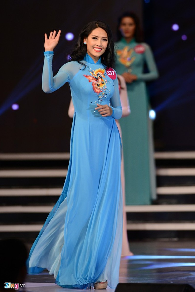 Phạm Thị Hương lên ngôi Hoa hậu Hoàn vũ 2015 - ảnh 17