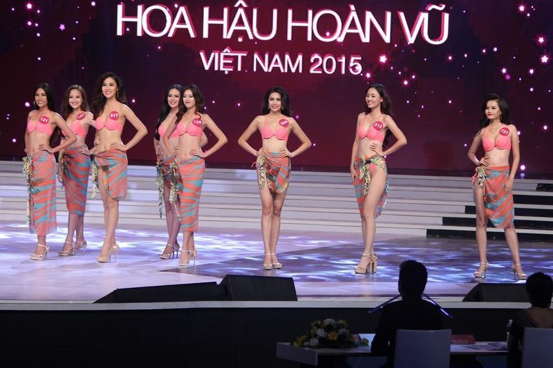 Phạm Thị Hương lên ngôi Hoa hậu Hoàn vũ 2015 - ảnh 15