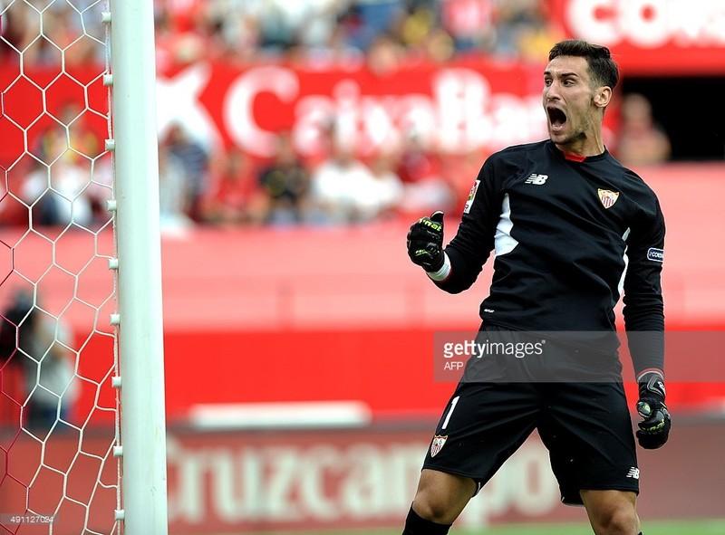 Barca thua đối thủ dưới cơ Sevilla 1-2  - ảnh 1