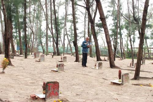 Linh thiêng nghĩa trang cá Ông lớn nhất Việt Nam - ảnh 16