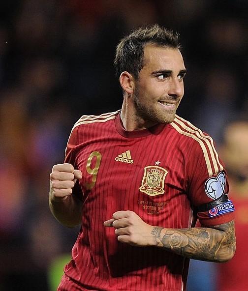 Vòng loại Euro 2016: Anh, Tây Ban Nha hiên ngang đến Pháp - ảnh 1