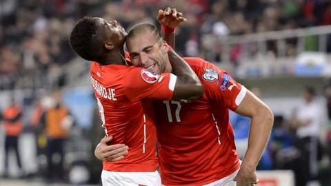 Vòng loại Euro 2016: Anh, Tây Ban Nha hiên ngang đến Pháp - ảnh 2