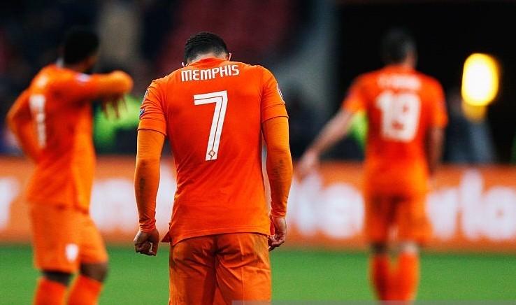 Vòng loại Euro 2016: Hà Lan bị loại, Thổ Nhĩ Kỳ, Croatia ung dung đến Pháp - ảnh 1