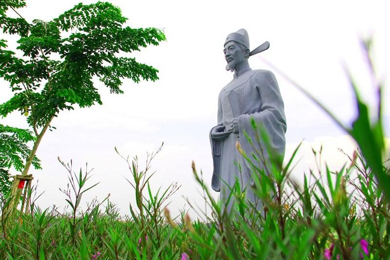 Vườn tượng danh nhân ở làng đại học - ảnh 5