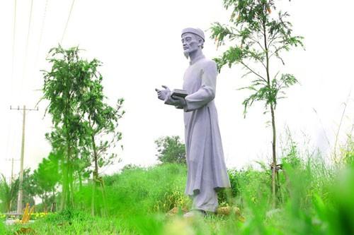 Vườn tượng danh nhân ở làng đại học - ảnh 10