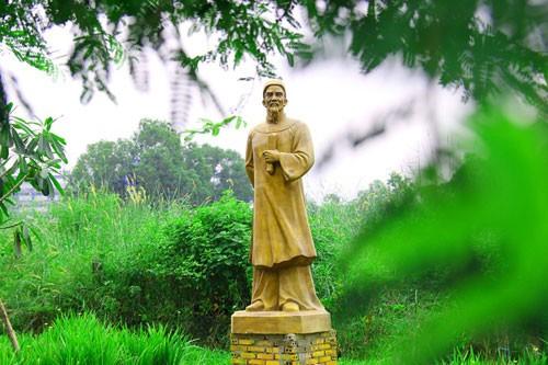 Vườn tượng danh nhân ở làng đại học - ảnh 13