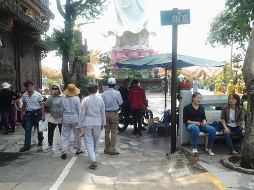 Cảnh bát nháo tại di tích quốc gia chùa núi Châu Thới - ảnh 4