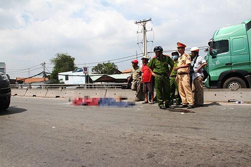 Chạy xe máy làn ô tô, nam thanh niên gặp tai nạn tử vong - ảnh 1