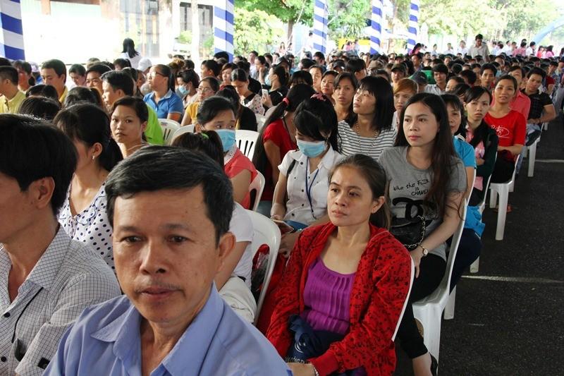 Hơn 5.000 người tham dự Ngày hội pháp luật 2015 - ảnh 1