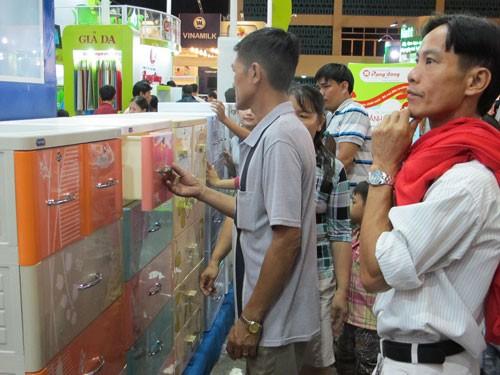 Lần đầu tiên hội chợ Hàng Việt Nam chất lượng cao đến Bình Thuận - ảnh 1