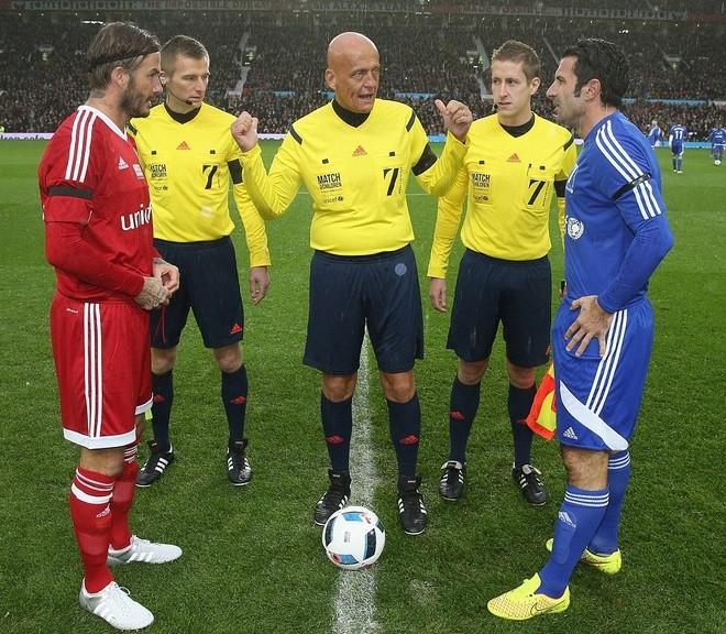 Zidane, Evra không đá vì…tang lễ - ảnh 1
