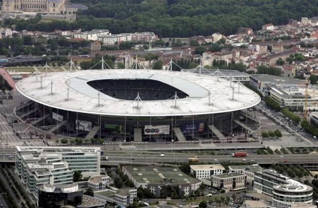 Giao hữu Anh - Pháp vẫn diễn ra tại sân Wembley - ảnh 1
