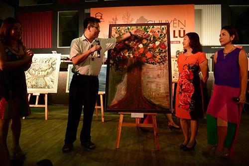 Hơn 1,2 tỉ đồng do nghệ sĩ gây quỹ 'Nhà chống lũ' - ảnh 1