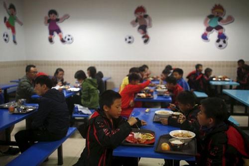 Trung Quốc hành động để trở thành cường quốc bóng đá - ảnh 4
