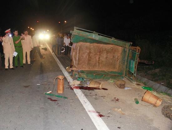 Tài xế điều khiển xe tải gây tai nạn thảm khốc xài bằng giả - ảnh 1