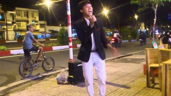 Liên hoan nghệ thuật hát rong bán kẹo kéo, múa lửa - ảnh 3