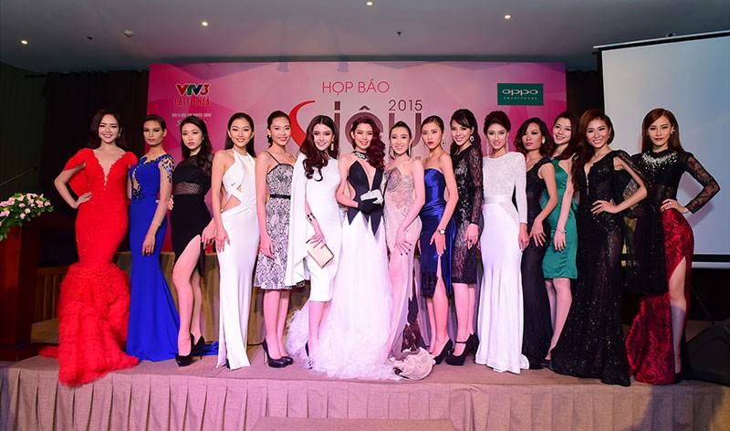 Hồ Ngọc Hà chấm thi người mẫu - ảnh 3