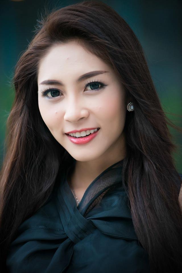 Hoa hậu Thu Thảo lên tiếng về nghi án tình cảm với Bằng Kiều