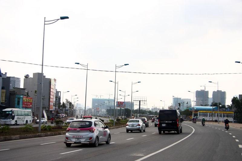 Cận cảnh con đường hơn 6 ngàn tỉ đồng trong ngày đầu thông xe - ảnh 11