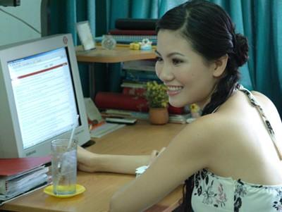 Cuộc sống của 'đối thủ' Nguyễn Thị Huyền sau khi rời Vbiz