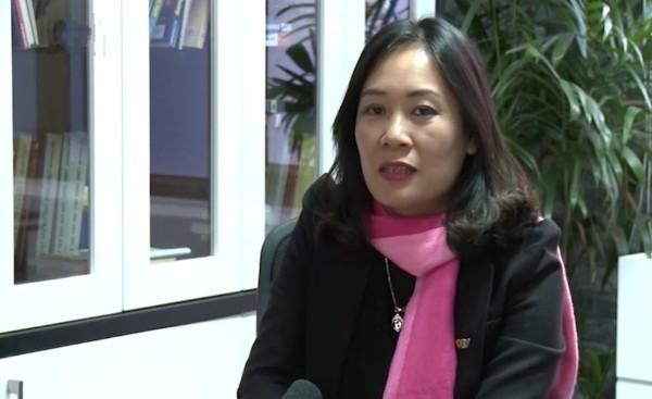 Nhà báo Tạ Bích Loan - Trưởng Ban Thanh Thiếu niên, Trưởng ban Điều hành VTV Đặc biệt (Đài THVN)